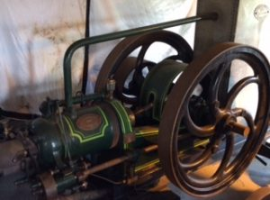 BLACKSTONE 9 HP Oil Engine