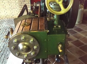 Single Cylinder Horizontal Workshop Engine