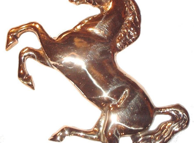 Invicta_Horse_CLean