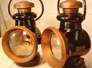 STEAM WAGON LAMPS, Pair