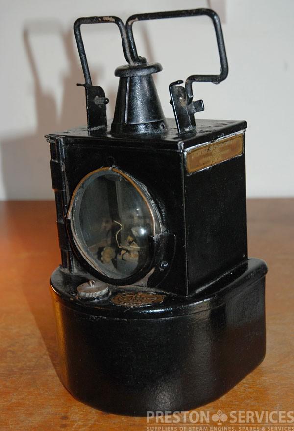 Lamp_Railway_1