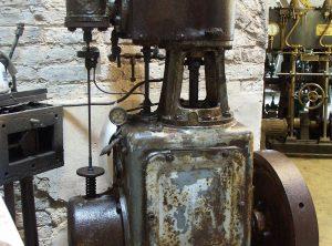 ROBEY Single Cylinder Vertical Engine