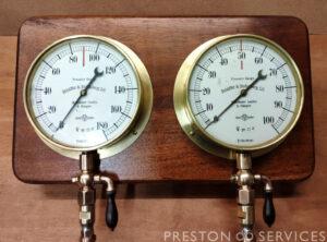 Pressure Gauge Board 2x SCHAEFFER & BUDENBERG