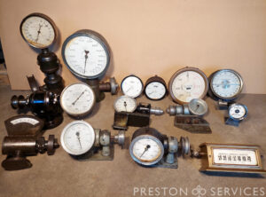 Tachometers & Engine Revolution Counters