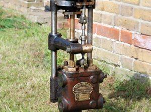 "WORTHINGTON SIMPSON Vertical Boiler Feed Pump 3½"" x 2¼"" x 4″"